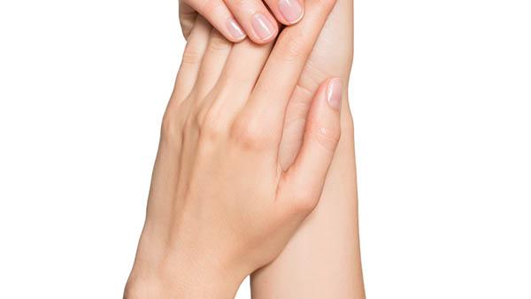 Docteur Vladimir MITZ chirurgien Paris 6 75006 chirurgie reparatrice chirurgie de la main Traitement de la maladie de De Quervain
